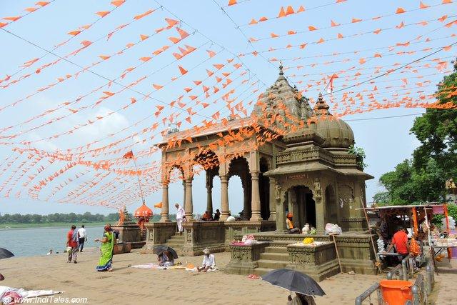 Narmada Temple - Maheshwar