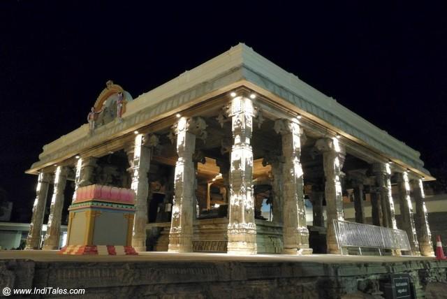 Mandapa of Kanchi Kamakshi Temple