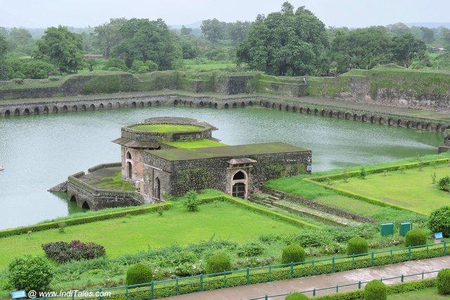 Kapoor Lake - Jahan Mahal