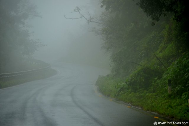 Misty road atop the Chorla Ghat