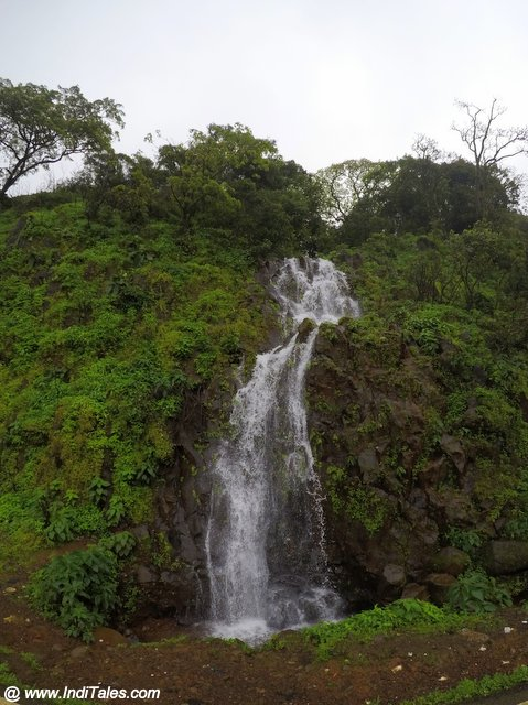Seasonal waterfalls off the Chorla Ghats