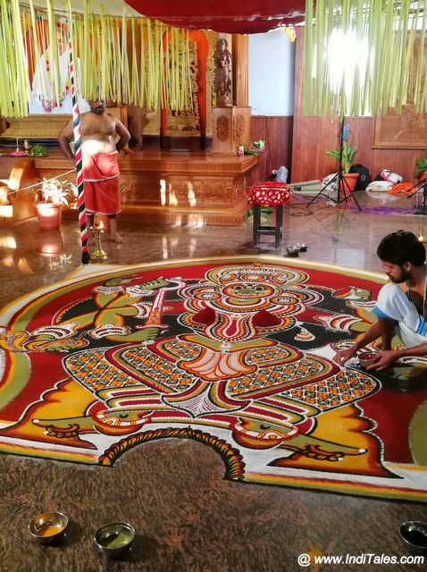 Final stages of Bhadrakali Kolam for Kalamezhuthum Pattum