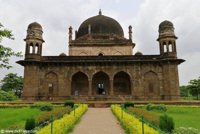 Black Taj Mahal - Burhanpur