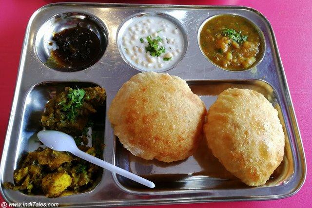 Thali at Netram Ajay Kumar - Ameenabad, Lucknow