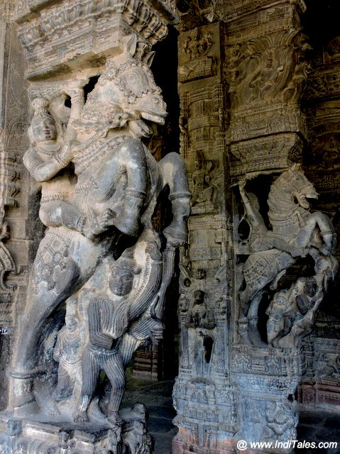 Stone Carved Horses at 100 Pillar Hall of Varadharaja Perumal Temple at Kanchipuram