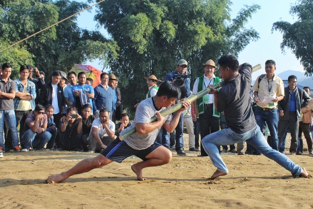 Traditional Bamboo Wrestling called Nyarka Hinam at Basar