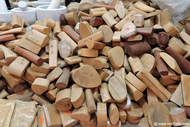 Pile of small sandalwood pieces