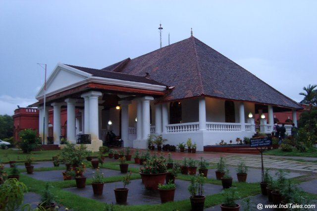 The Kanakakkunnu Palace - Trivandrum Tourist Attractions