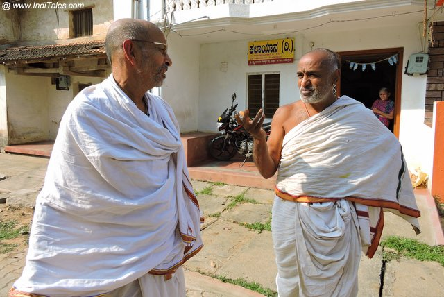 Samvad or Daily conversations in Sanskrit at Mattur village