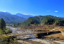 Bridge over Siyom river en route Samten Yongcha Monastery