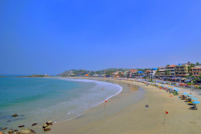 Kovalam Beach by evening - Popular Trivandrum Tourist Places