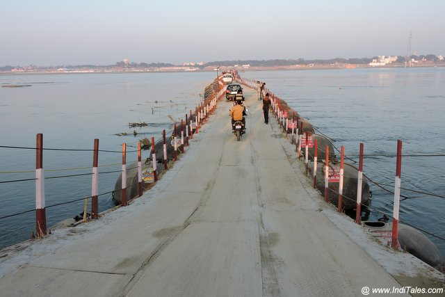 Pontoon or Pipa Bridges across Ganga & Yamuna