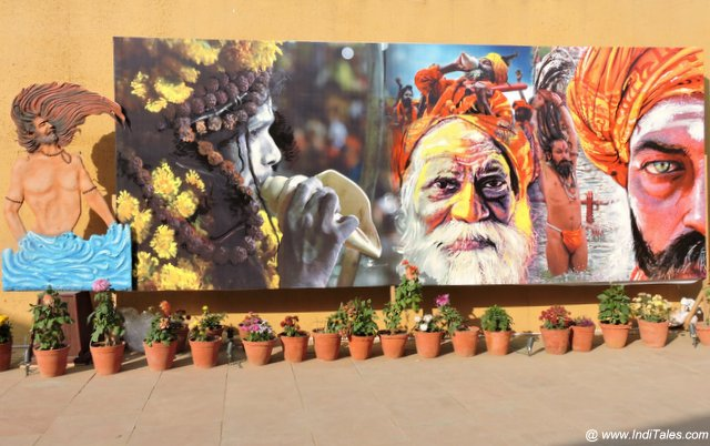 Street art depicting Sadhu's