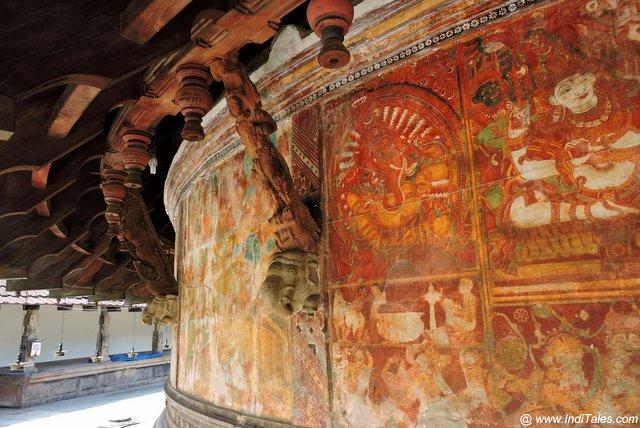 Murals, wooden brackets at Nayathodu Sankara Narayana Temple at Kalady