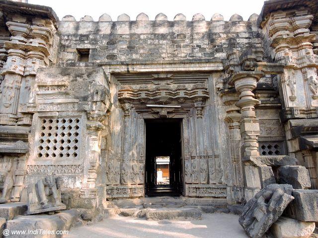 Sabha Mandap Door - Kopeshwar Temple
