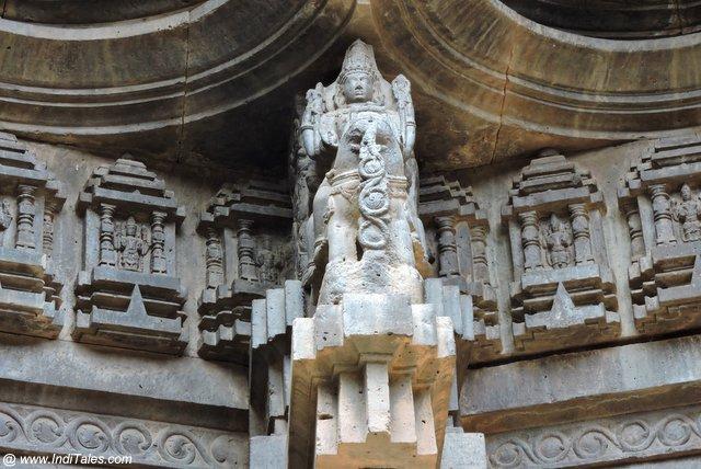 Vishnu with Lakshmi on a pillar in Swarga Mandap - Kopeshwar Khidrapur