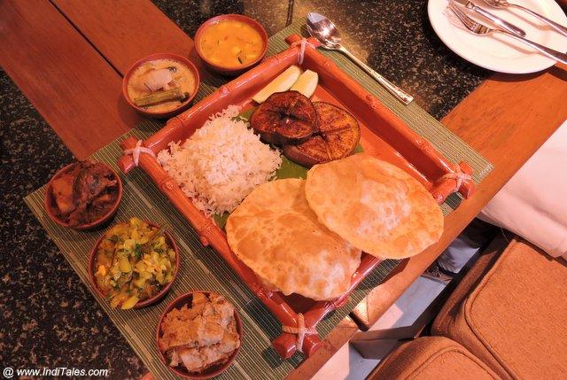 शाकाहारी बंगाली थाली