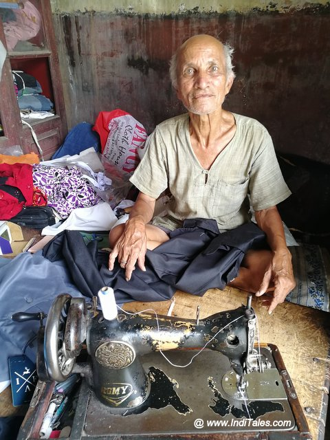 An old tailor in Kankhal