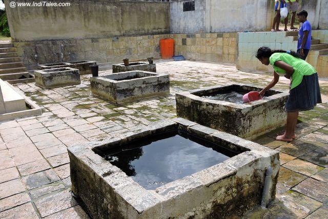 कन्निया उष्ण जल स्तोत्र - त्रिंकोमाली