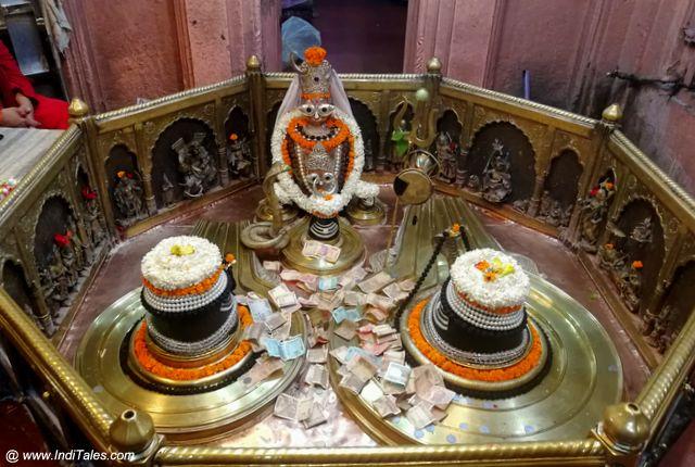 विंध्यवासिनी मंदिर के शिवलिंग