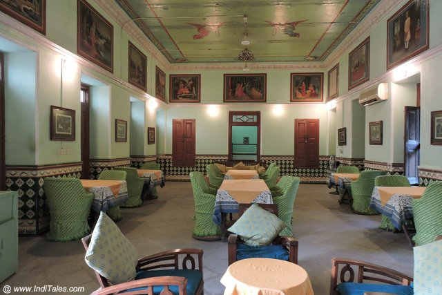 Dining Hall at Piramal Haveli