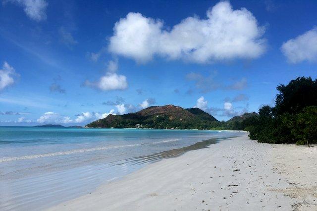 Praslin Ames Volbert beach landscape view