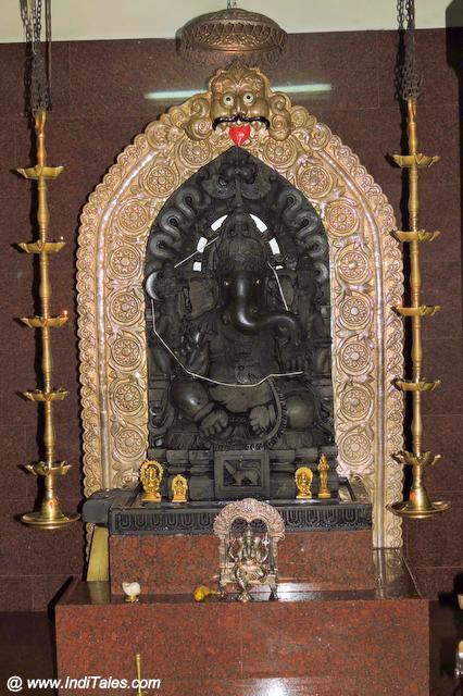 Ganesh Murti - Shakti Ganesh Temple Divar