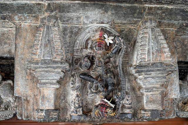 Kaliya Mardan on the Toran of Lakshmi Narasimha Temple - Javagal