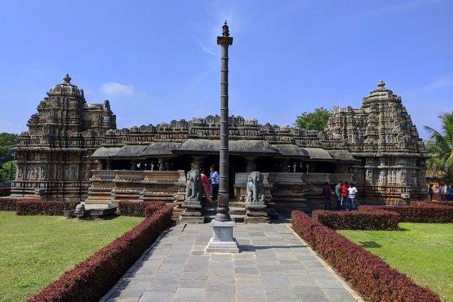 Veer Narayan Temple - Belavadi