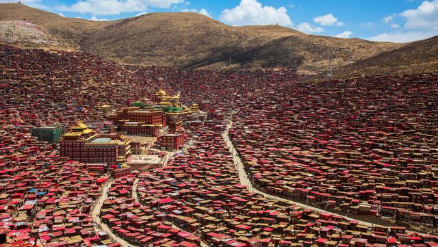 Larung Gar at Garze in Eastern Tibet
