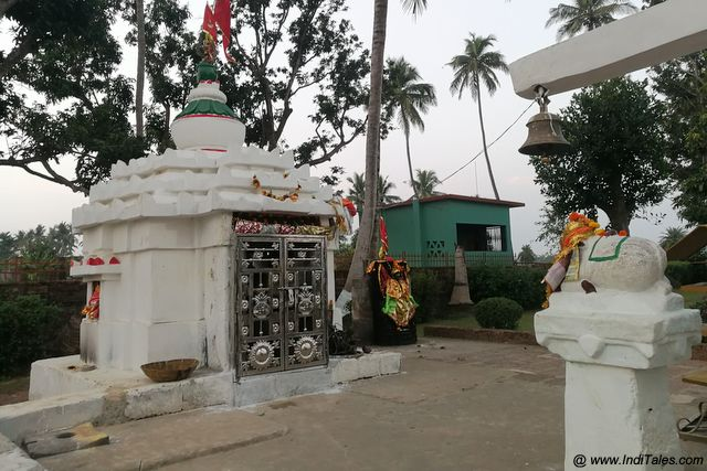 Shiv Mandir at Chausath Yogini Temple Premises
