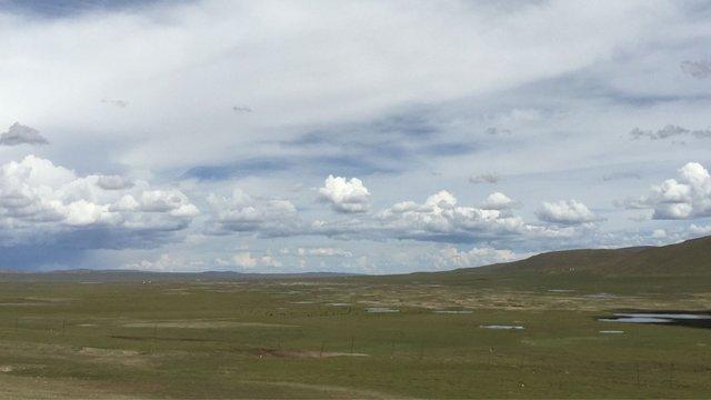 Landscape between Bayankala & Madoi