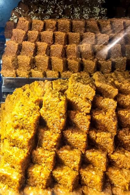 Neatly arranged Kalakand sweet dish