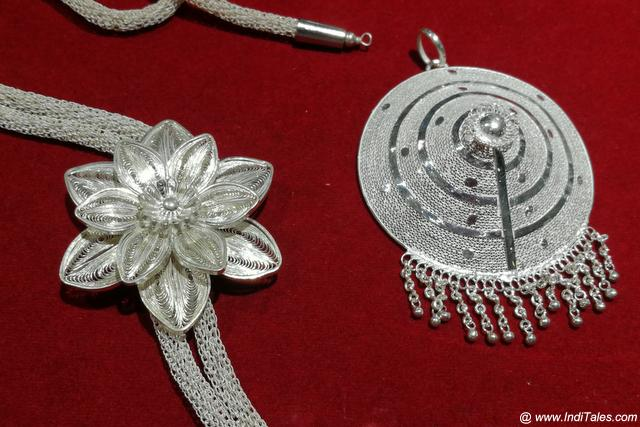 Filigree jewelry from Cuttack, Odisha souvenir