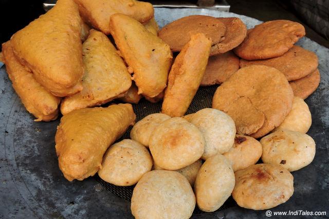 Bread Pakoda, Kachori and Aaloo Tikki