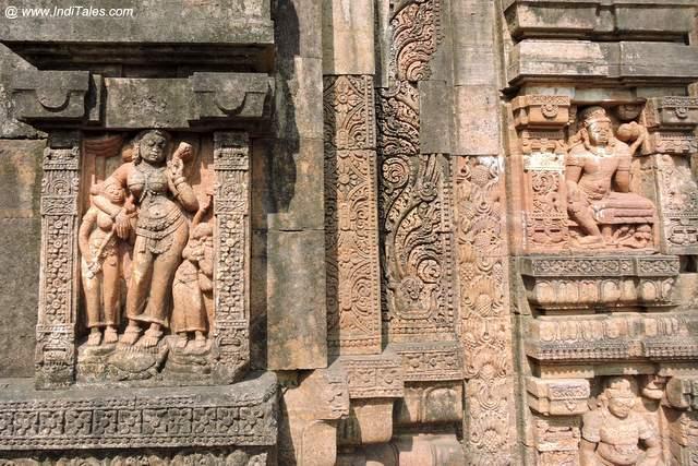 Yamuna on walls of Ratnagiri