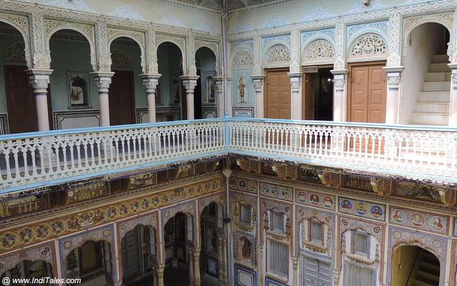 Mix of traditional and Victorian at Poddar Haveli in Shekhawati