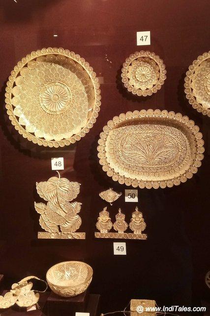 Filigree decorative and everyday utensils