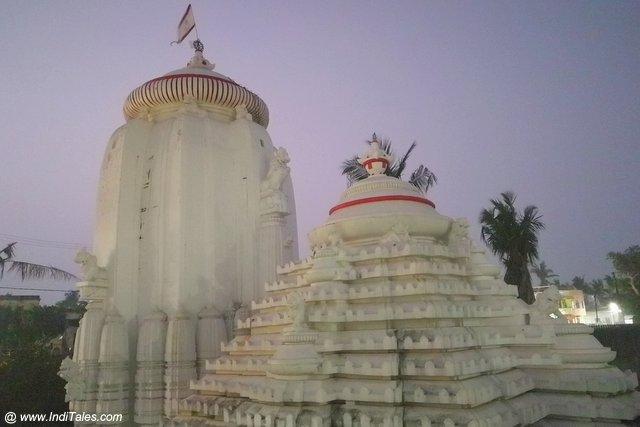 Markandeshwar Temple at Markanda Sarovar in Puri