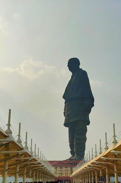 Landscape view of Sardar Patel at the Statue of Unity