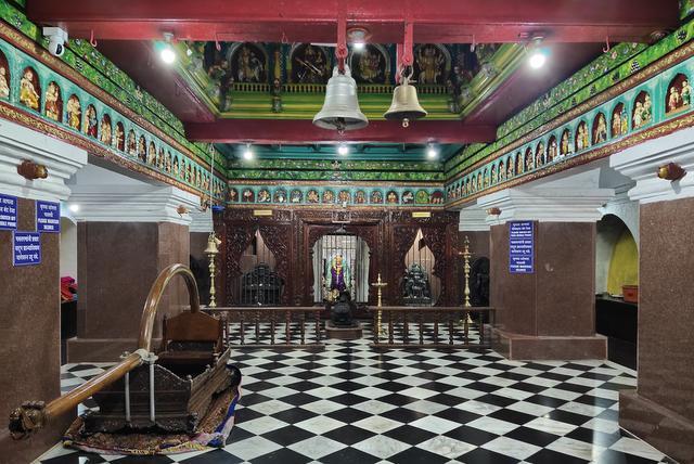 Chandreshwar Bhootnath Temple interior Palki, Ramayana Panel