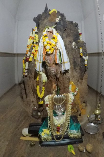 Uddangi Prasanna at Chamundeshwari Shantadurga Temple