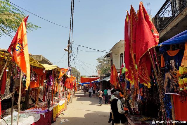 Colors lanes leading to Brahmavrat Ghat