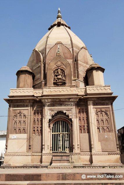 Tikait Rai Temple on ghats of Ganga in Bithoor