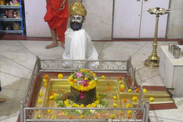 Ancient Bhuleshwar Temple in Mumbai