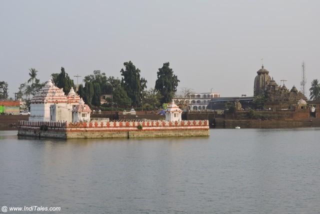 A huge lake Bindusagar or Bindu Sarovar in Bhubaneshwar