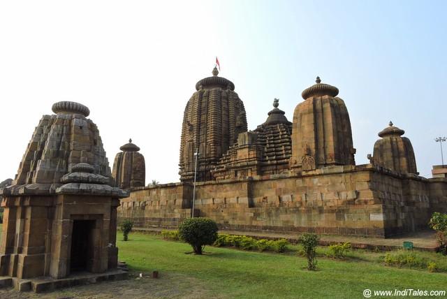 Landscape view of Brahmeswara temple complex in Bhubaneshwar