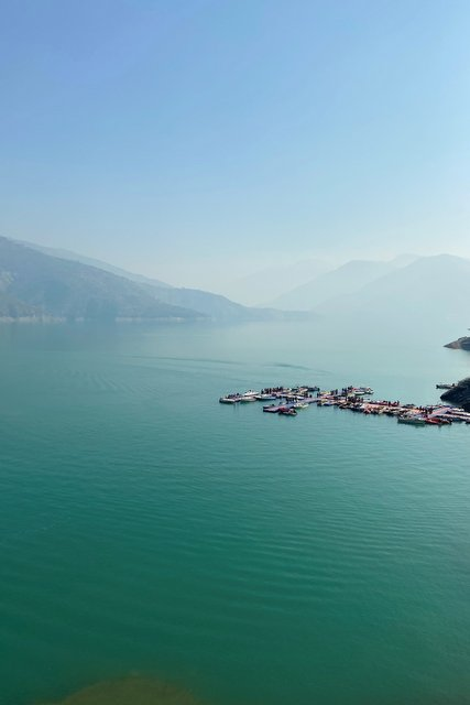Landscape view of the Tehri Lake